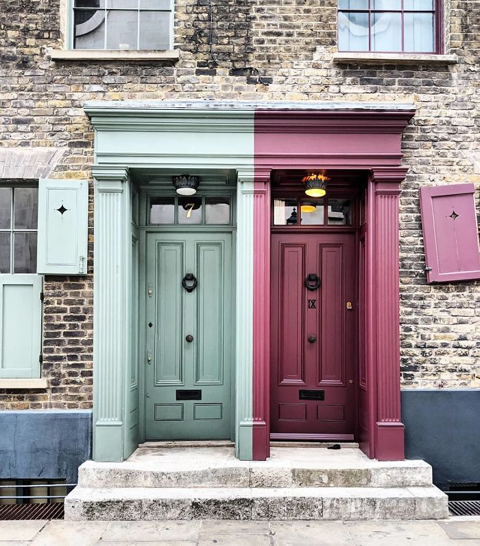 colorful front doors photography london bella foxwell 67 5c36fa6505714 700