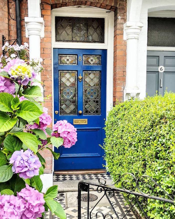 colorful front doors photography london bella foxwell 93 5c36fa9564e43 700