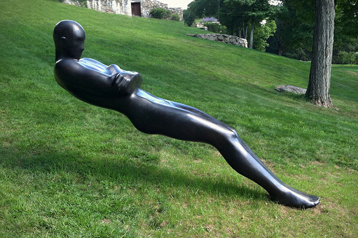 sculptures defying gravity laws of physics 101 5a38c8ac44c9e 700