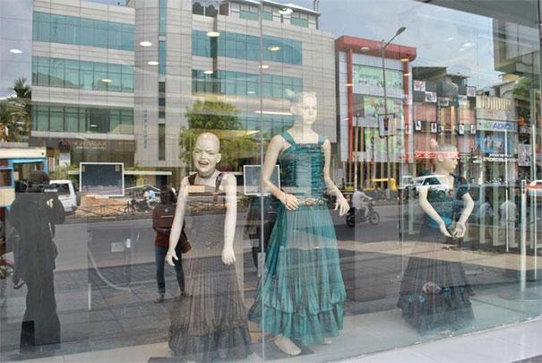 funny mannequins 13 5ab3a070d0efc 605