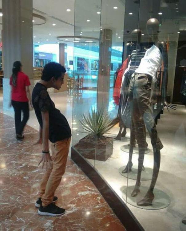 funny mannequins 15 5ab3a4d6b6177 605