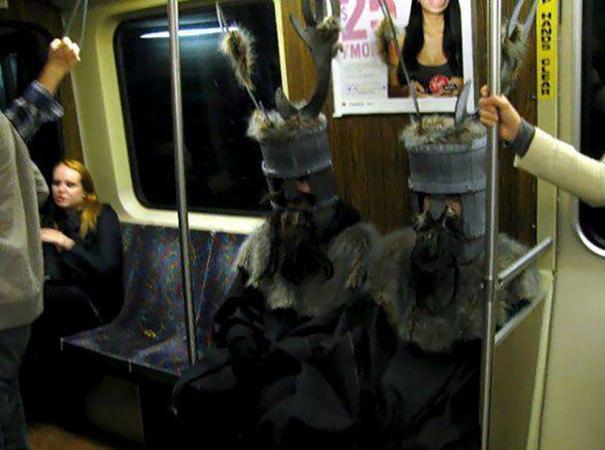 funny subway people 61 59707b3e11067 605
