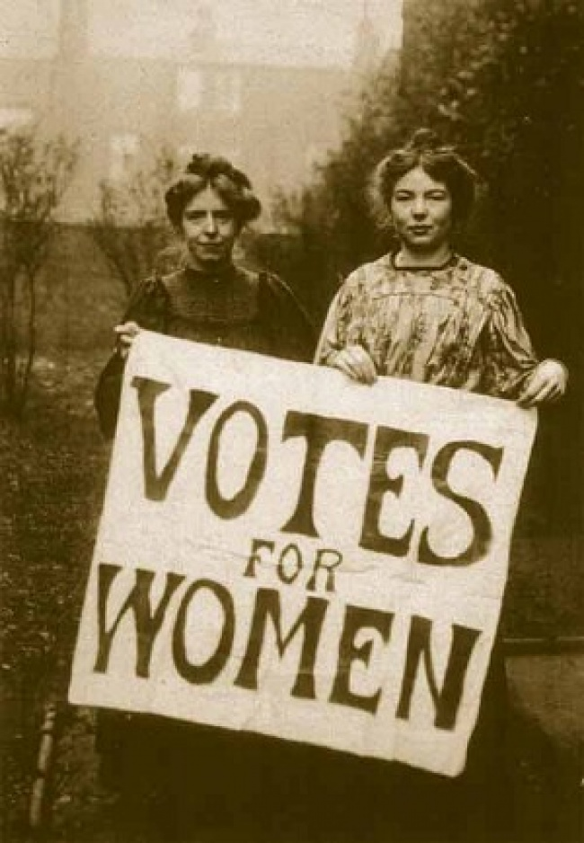 18837910 annie kenney and christabel pankhurst 1510428420 650 71e7328eff 1516342134