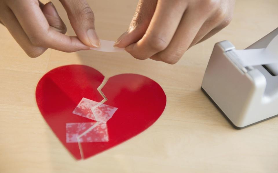 Hội chứng 'trái tim tan vỡ': Khi cảm xúc có thể giết chết bạn