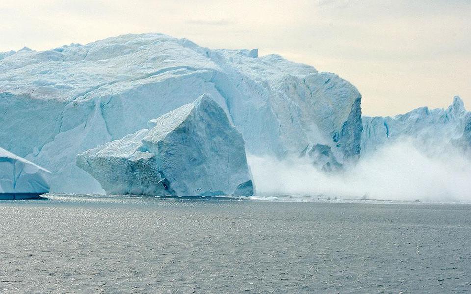 Trái Đất đạt đến điểm bùng phát biến đổi khí hậu, dự đoán sẽ gây ra hiệu ứng domino thảm hoạ