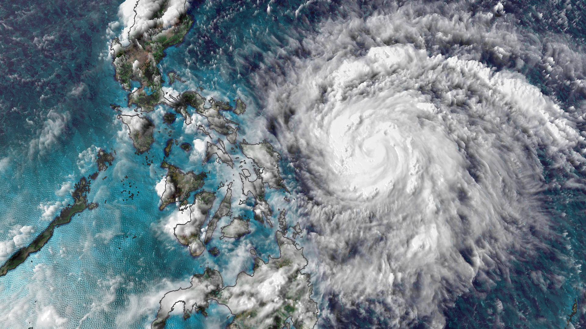 Trớ trêu: Năm 2020 có quá nhiều cơn bão đến mức không còn đủ tên để đặt cho chúng