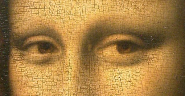 detail of mona lisa in louvre 640x333
