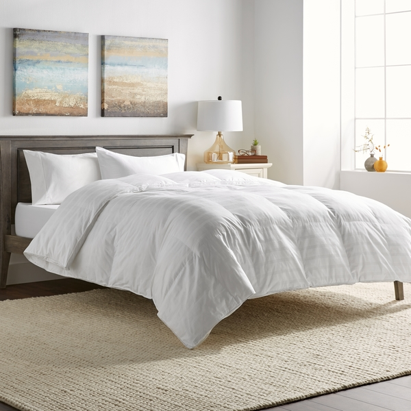 hotel grand oversized luxury 600 thread count down alternative comforter 9af46be0 e56c 46fa bbe5 416f608202a8 600