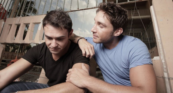 young gay couple shutterstock 800x430