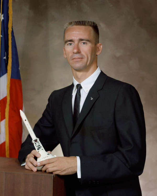 the tragedy of the first apollo mission to space 6