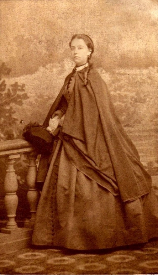 girls dresses in the 1860s 13