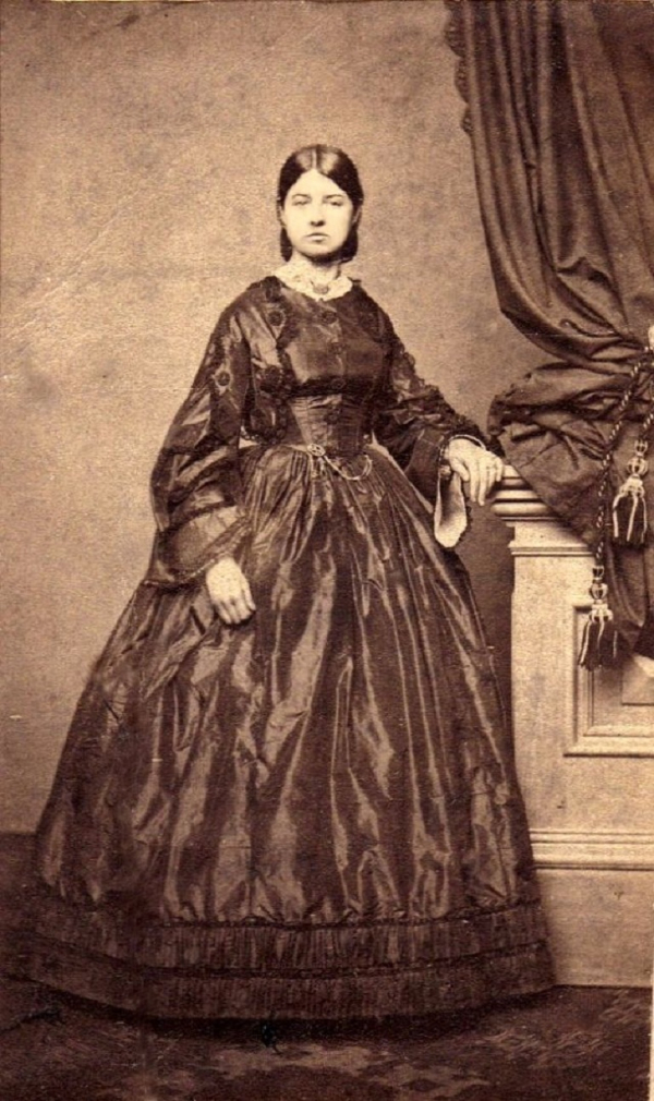 girls dresses in the 1860s 14