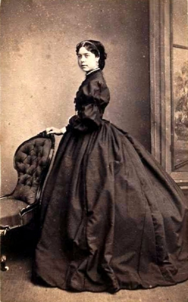 girls dresses in the 1860s 2 1
