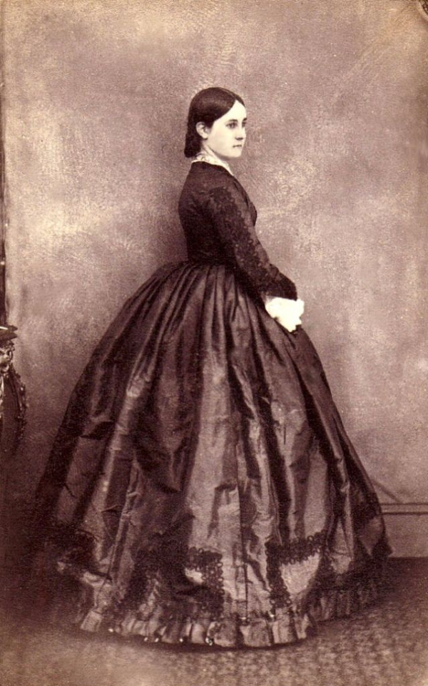 girls dresses in the 1860s 24