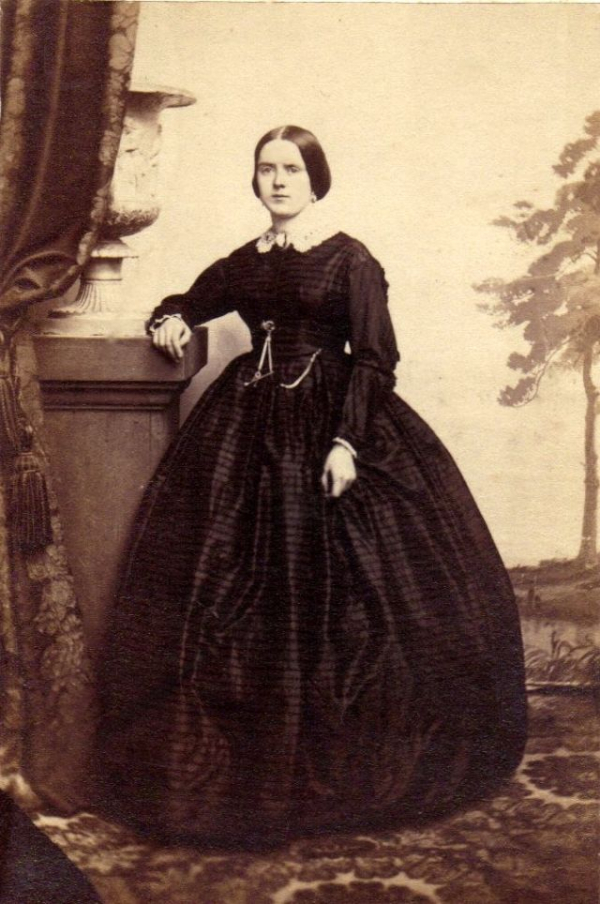 girls dresses in the 1860s 27