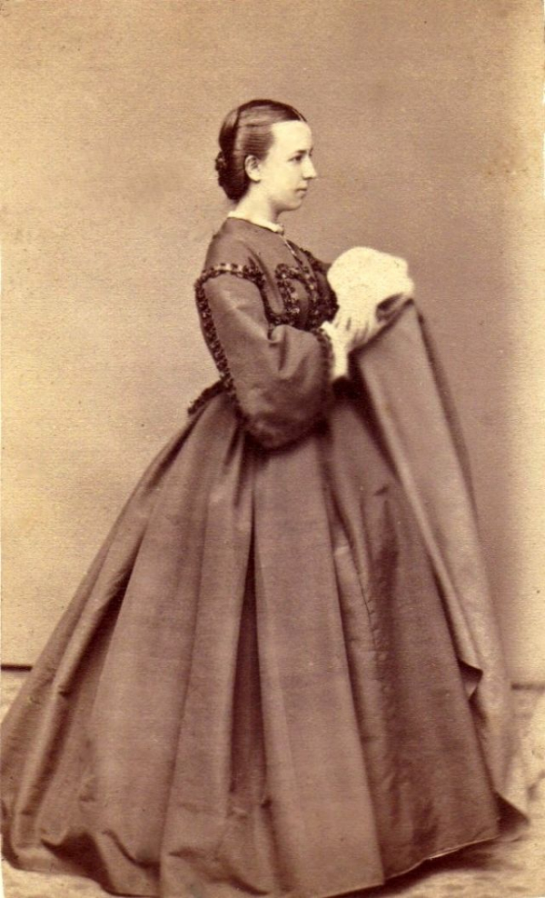 girls dresses in the 1860s 29