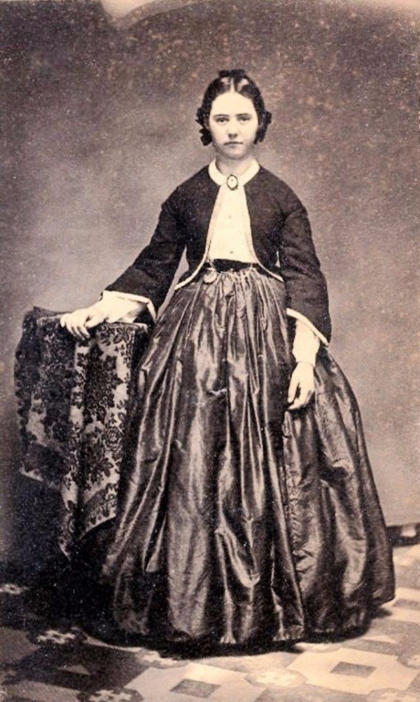 girls dresses in the 1860s 33