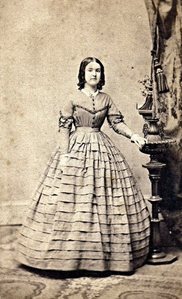 girls dresses in the 1860s 37