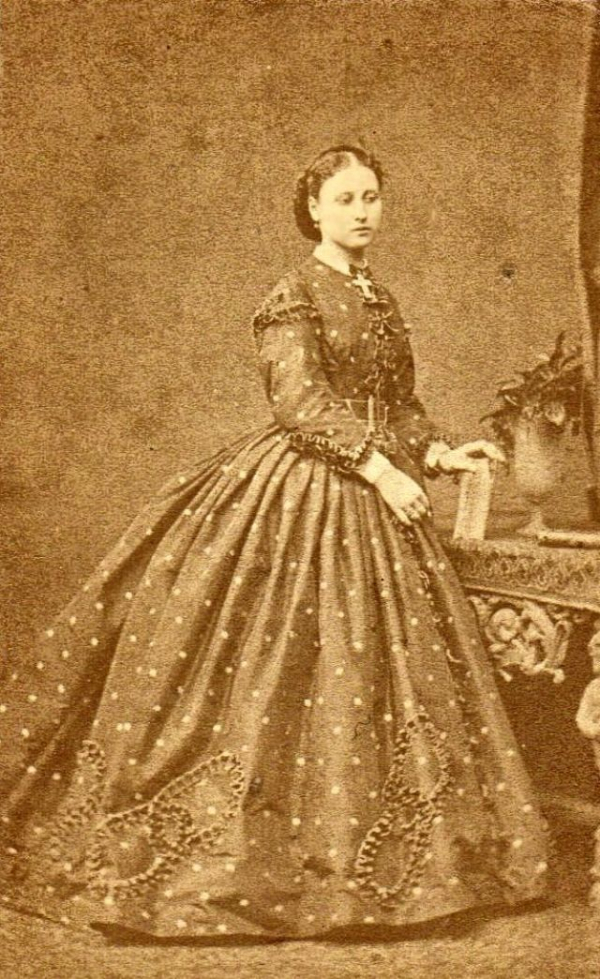 girls dresses in the 1860s 41 1
