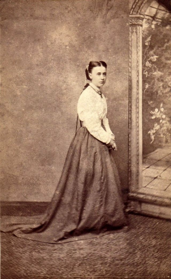 girls dresses in the 1860s 48