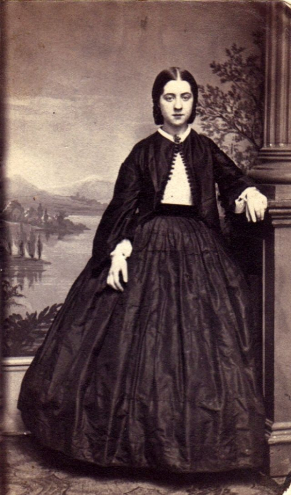 girls dresses in the 1860s 50