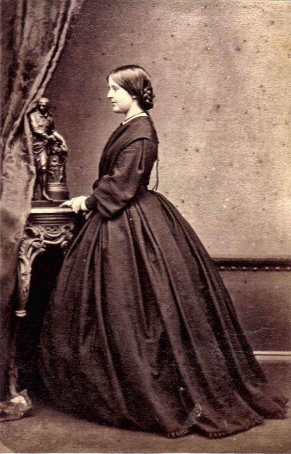 girls dresses in the 1860s 54