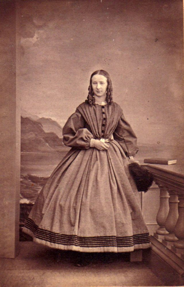 girls dresses in the 1860s 61