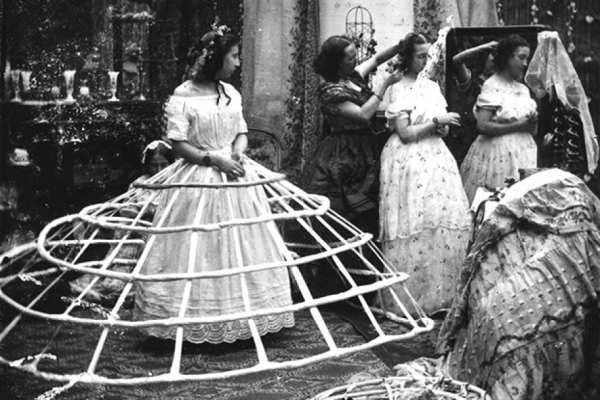 girls dresses in the 1860s 70