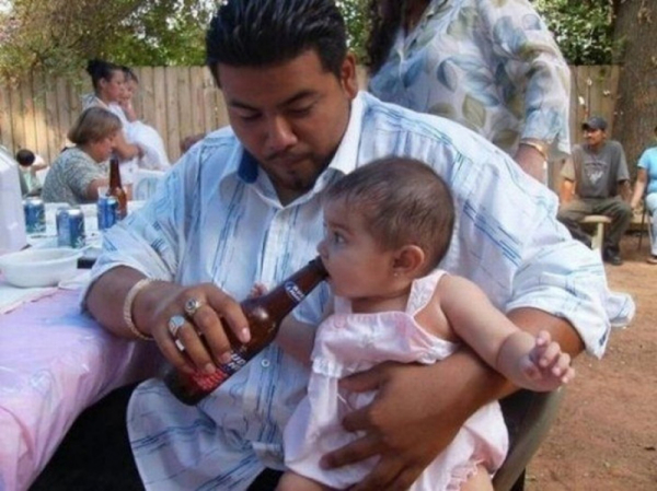 30 photos showcasing human parenting and animal parenting moments 12 1