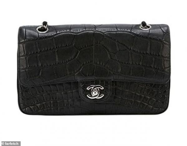 6989958 6458767 this vintage chanel 2 55 shoulder bag is cut from crocodile skin m 69 1543926194760
