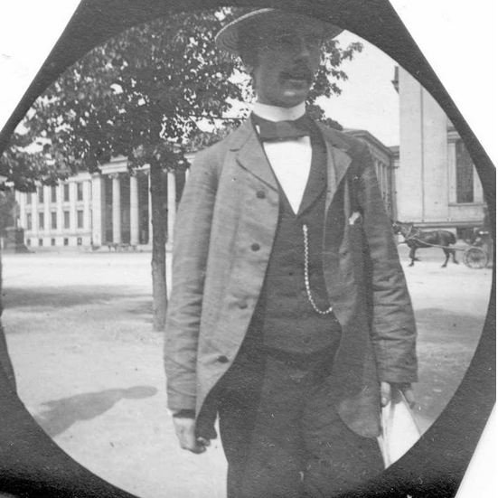 norwegian professor of botany haaken hasberg gran 1870 1955 pictured outside the university of oslo buildings around 1893 photo by carl stormer oslo museum cc by sa 3 0