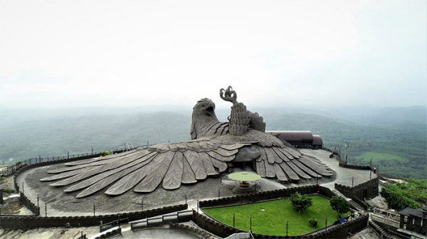 largest bird statue jadayupara jatayu earth centre india 2 5cb990ab9148c 700
