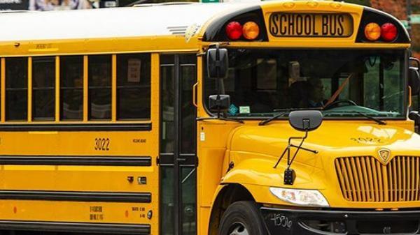 schoolbus istock e1548775479145