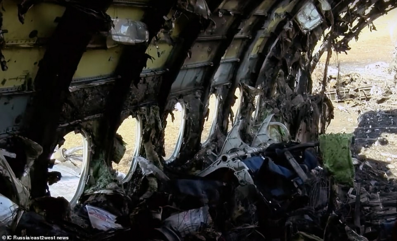 13158732 6996559 the charred remains of the russian made sukhoi superjet on monda a 9 1557208012140