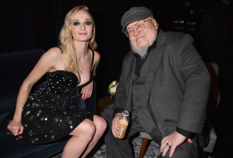 sophie turner and george rr martin 1024x695