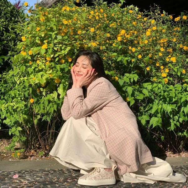 Chu Khiết Quỳnh: Từ 'bạn gái tin đồn Vương Tư Thông' đến idol ăn nói kém duyên, chuyên mặc hàng fake