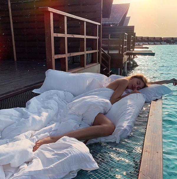 maldives hotel net over water grand park kodhipparu 5d2c356d376d7 700