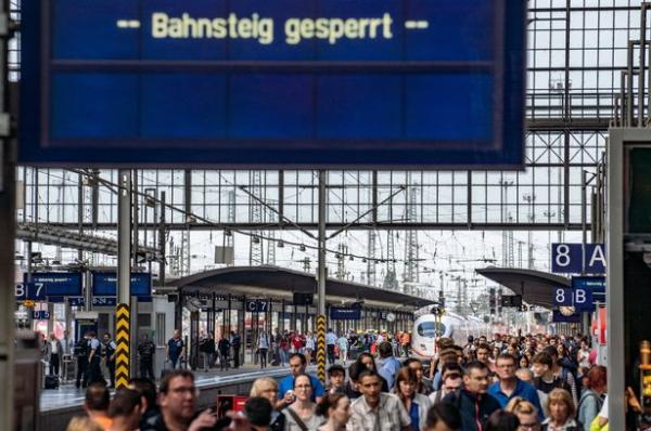 0 accident at frankfurt central station 2