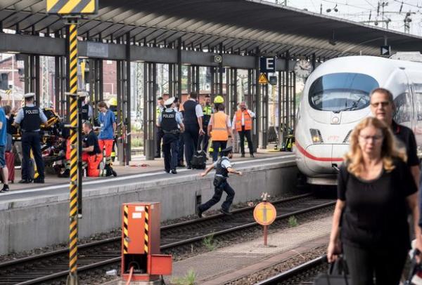 0 accident at frankfurt central station