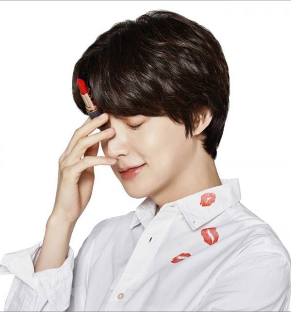 ahnjaehyunhuyhopdongvanghopbao2 wwyh